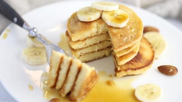Almonds-Banana-Pancakes