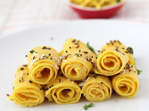 Khandvi-healthy-office-snack