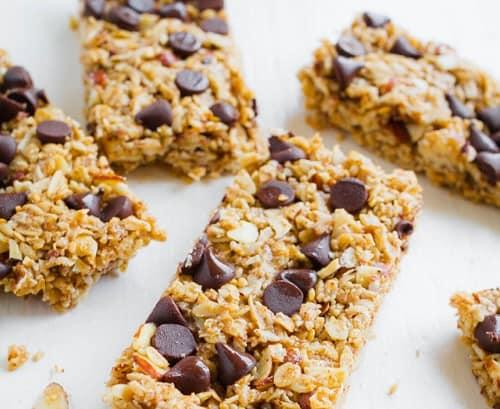 granola-bars-healthy-office-snack