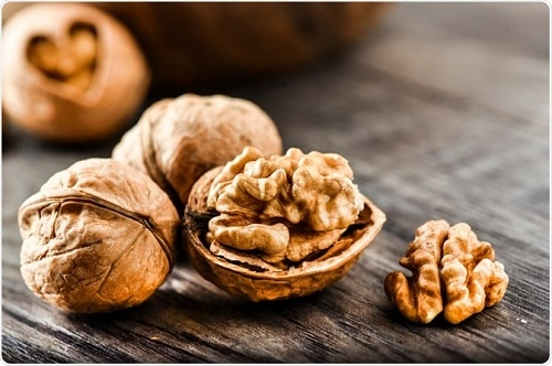 walnuts-office-snack