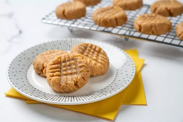 Keto-Peanut-Butter-Cookies