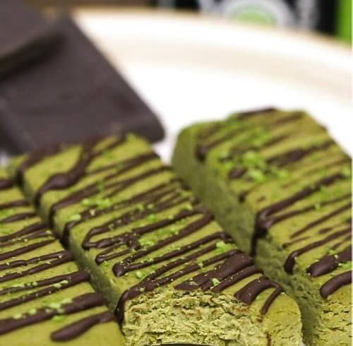 Matcha-Green-Tea-Fudge-Protein-Bars-Recipe