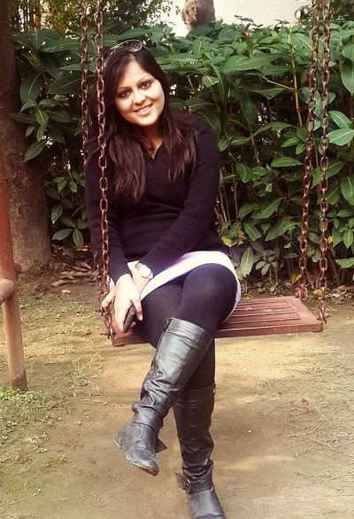 Shikha-Agarwal-college-picture