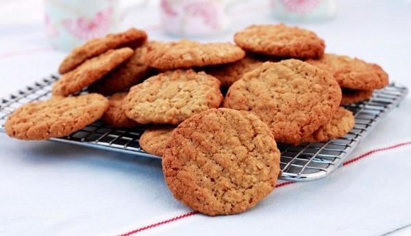 Sugar-Free-Oats-Biscuits
