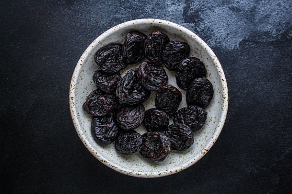prunes dried plums