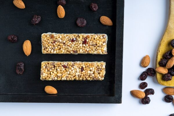snackible-cranberry-almond-energy-bar-30g