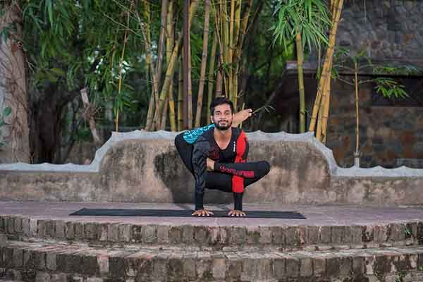 yoga trainers in delhi ncr